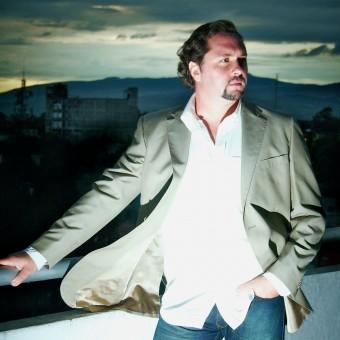 Opera News Online and St. Petersburg Times, John Fleming